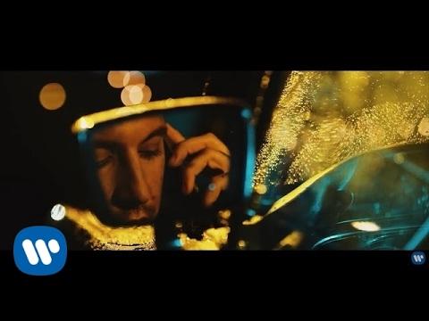 , title : 'Fred De Palma - Non tornare a casa (Official Video)'