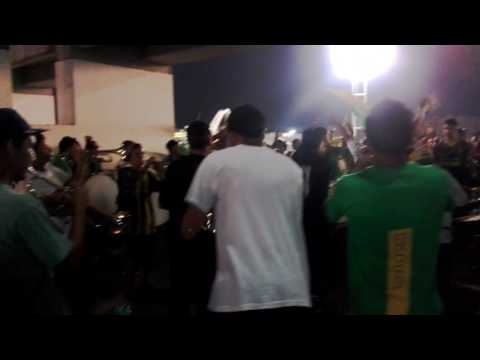 """La Orquesta de La Pesada"" Barra: La Pesada del Puerto • Club: Aldosivi"