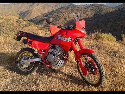 BS1producciones: Honda NX 650 Dominator 1988