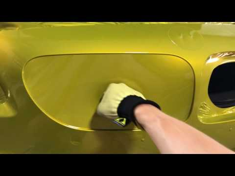 3M 1080 vinyl wrap Gloss Lemon Sting Stretch test