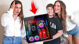 "We Surprised Addison Rae & Her Little Brother at Her House with a New $10,000 Ultimate Gaming Set-up! @FaZe Jarvis @Addison Rae Digital Storm PC - https://www.digitalstorm.com/ Become a Member! - https://biturl.top/JjyUFr Subscribe to Jarvis & Kay! https://bit.ly/2JdniAn  Use Code ""FaZeKay"" in the Fortnite Item Shop! FaZe Kay - http://bit.ly/Subscribe2FaZeKay FaZe Jarvis - https://www.youtube.com/user/TheOnlyJaaY  FOLLOW MY INSTAGRAM & TWITTER -Instagram - http://instagram.com/FaZeKay -Twitter - https://twitter.com/FaZeKay  Business Contact - FaZeKayBusiness@gmail.com"