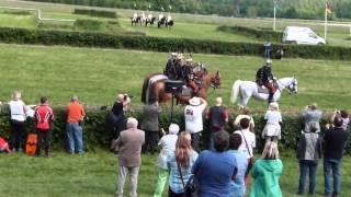 preview picture of video 'A soproni Nádasdy huszárok a Nemzetközi Katonai Lovasbajnokságon; Gotha/Boxberg 2014.05.30-06.01'