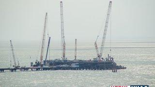 Строительство моста в Крым: съемки с мыса Ак-Бурун