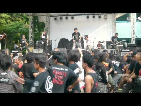 Sinusitis Feat. Lin Racun - Live @Anniversary Godzilla 20years Agression