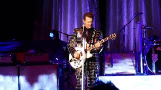 Chris Isaak 'Can't Do A Thing To Stop Me The Grove of Anaheim 7-12-18 Anaheim, CA