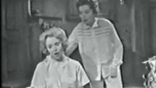 """Rosalind Russell & Jacqueline McKeever: """"Ohio"""" from Wonderful Town - 1958"""