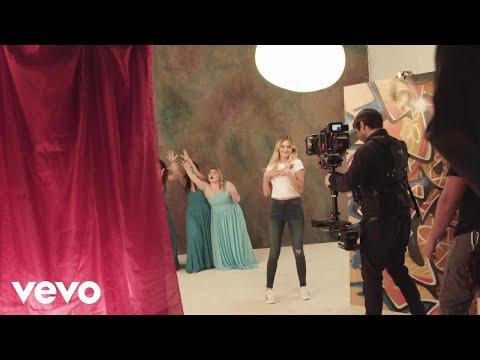 """Kelsea Ballerini - Behind the Scenes: """"I Hate Love Songs"""" Music Video"""