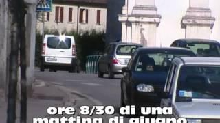 preview picture of video 'traffico a Lion di Albignasego centro storico presso Padova'