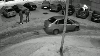 Мужчина жестоко поплатился за  наезд  на водителя в Петрозаводске
