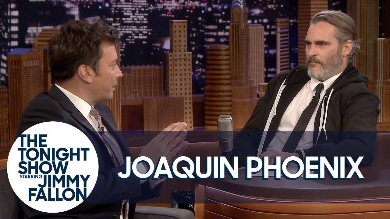 Joaquin Phoenix and Jimmy Fallon Trade Places thumbnail
