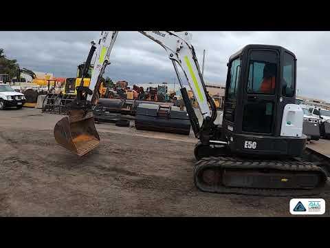 Bobcat E50 Digger