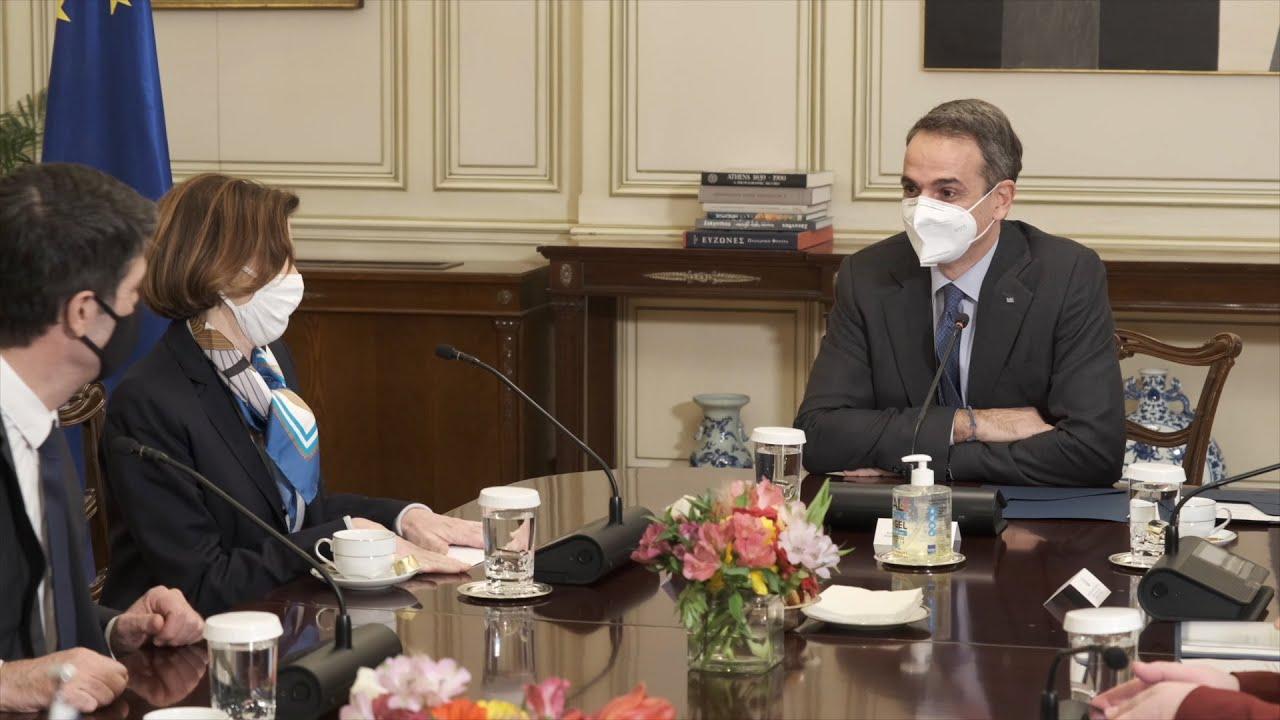 Συνάντηση του πρωθυπουργού με την Υπουργό Άμυνας της Γαλλίας  Φλωράνς Παρλύ