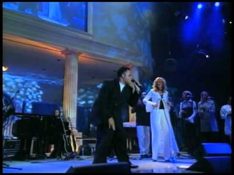 Martha Munizzi - New Season - Live! (@marthamunizzi)