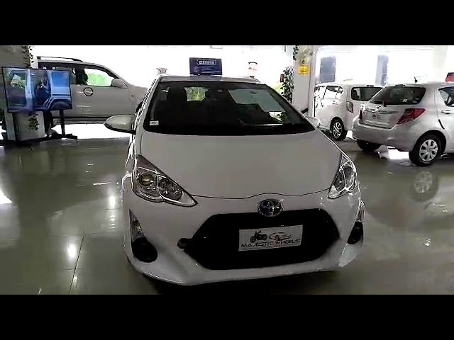 Toyota Aqua S 2015 for Sale in Islamabad