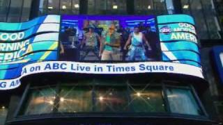 "Chris Brown Performs ""Yeah 3x"" Live on ""GMA"" 3/22/2011"