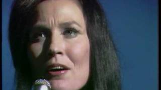 Loretta Lynn - Ten Thousand Angels