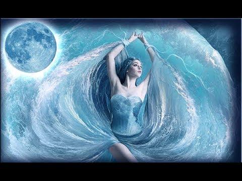 К чему снится вода - Толкования в разных сонниках