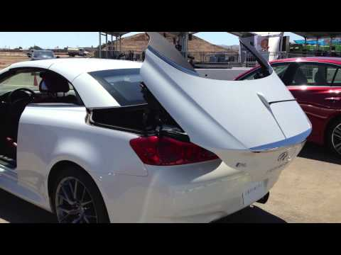 Infiniti Q60 Convertible roof open