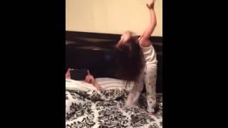 Nikki Harlem shake obsessed!!