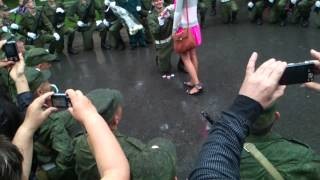 Предложение девушке в армии)))