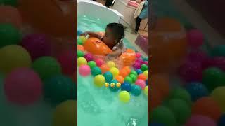 Shaheizy Sam Bawak Syeriv Swimming Kat Baby Spa