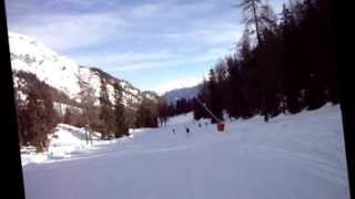 preview picture of video 'Im Stubaital - Schlick2000 Snowboarden'