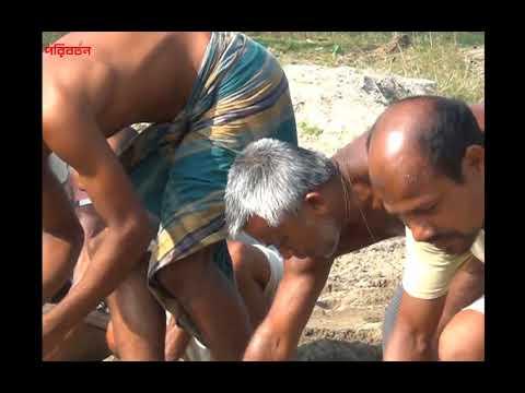 আগাম আলু চাষ (অক্টোবর, ২০১৭) এ ব্যস্ত নীলফামারীর কৃষক