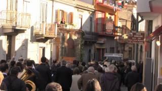 preview picture of video 'Itala. Maria Santissima del Tindari accolta dai fedeli. La processione verso San Giacomo'