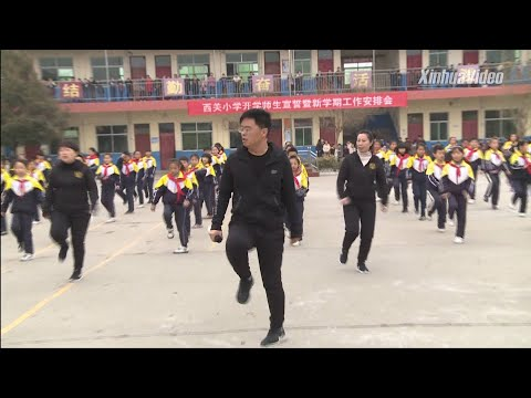 This Teacher Uses Dance Moves to Motivate His Students