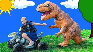 Assistant Plays Hide n Seek at the Paw Patrol Lookout with Dinosaurs