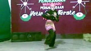 preview picture of video 'psht annuqayah lubri guluk guluk sumenep NUR AINIA'