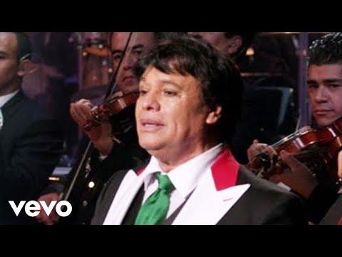 "Juan Gabriel  Interpretando ""Abrázame Muy Fuerte"""