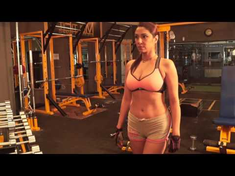 POOJA Misra's fitness video