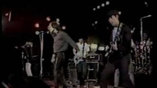 """Titãs - """"Bichos Escrotos"""" ao vivo em Montreux, 1988"""