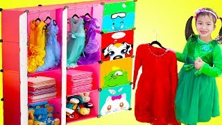 Jannie Pretend Play Princess Dress Up with New Clothes Closet Toy