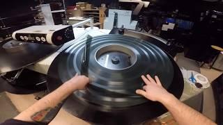 30 Year Old IMAX Film Projector Is Still Running/POV