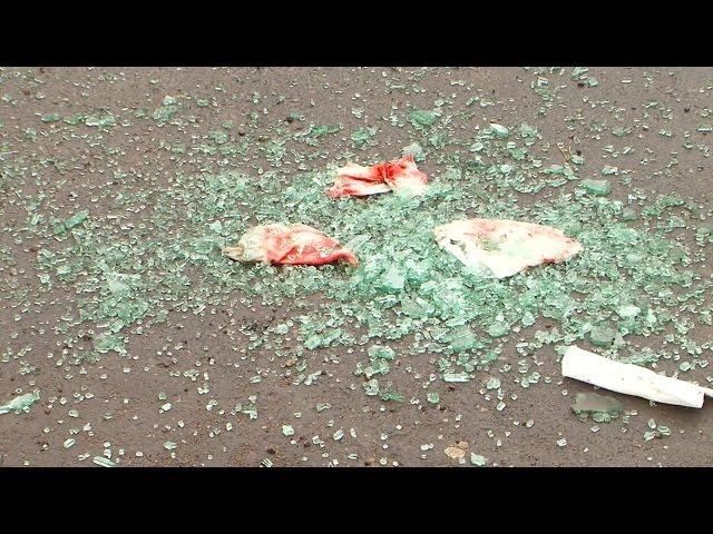 Велосипедист обстрелял автомобиль