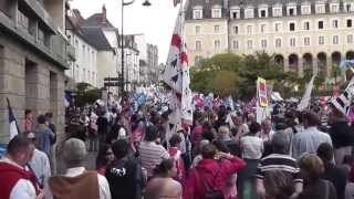 preview picture of video 'La Manif Pour Tous à Rennes le 5 mai 2013'
