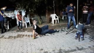 Grani Ahmet- Kemençe Eşliginde Oynuyor- Şahin Özbilen Mahallesi