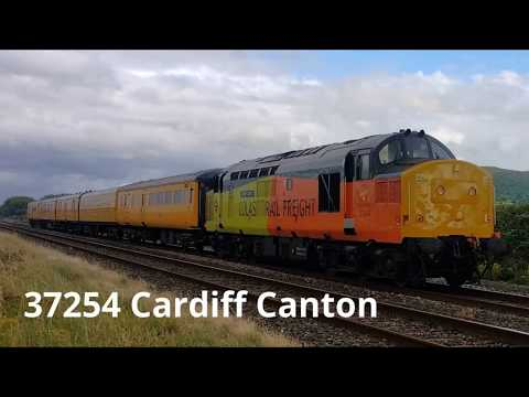 Colas Rail 37254 'Cardiff Canton' passes Prestatyn with Netw…