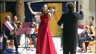 Eva León performs Vivaldi