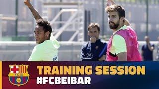 Gerard Piqué back at training