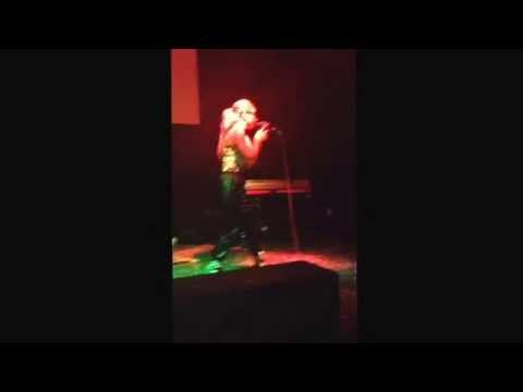 "Maralen performing ""Bartender"" Live at McSalty's Pizza"