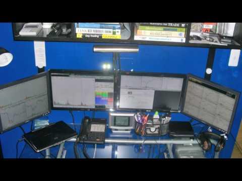 4 Monitor Trading Computer Setup : Multimonitor Work Station