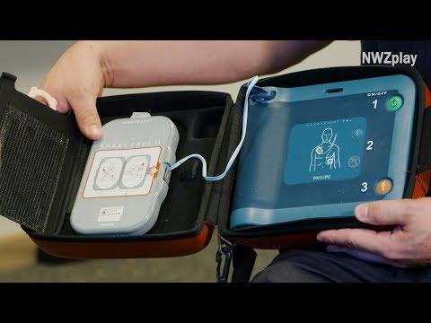 Erste Hilfe: Wie nutze ich einen Defibrillator?