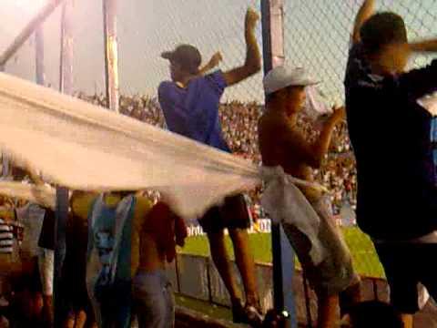 """""""No me arrepiento de este amor"""" Barra: Los Villeros • Club: Cerro"""