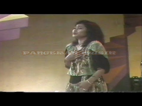 Dian Piesesha - Tak Ingin Sendiri  (Original + Safari Music Video & Clear Sound)