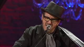 """Rosanne Cash, Kris Kristofferson, And Elvis Costello Perform """"April 5th"""""""