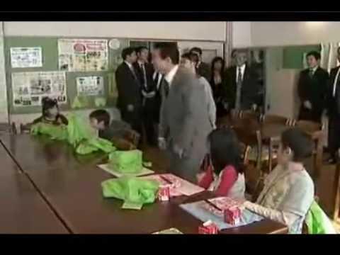麻生太郎 2009年2月14日 小学校視察