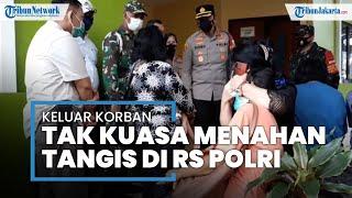 Tangis Keluarga Korban Penembakan Bripka CS di RS Polri Kramat Jati